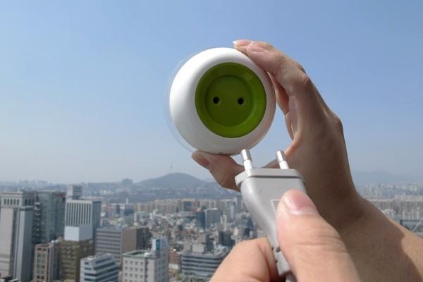 太牛了不用接电源的窗口太阳能充电插座|不需要电源的插座|太阳能插座